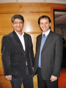 Carlos Muñoz, Gerente General de Linux Latin America (a la izquierda) y Esteban Annaratone, Technology Pre-Sales Specialist Data Center & Open Source Platforms de Novell (a la derecha)