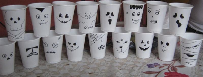 Ideas para decorar de forma sencilla microteknologias - Decorar vasos plasticos para cumpleanos ...